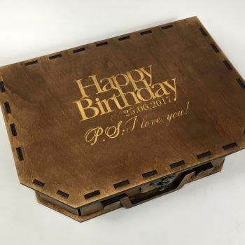 лазерная гравировка по дереву фанере гравировка на коробке